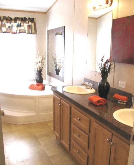 Double Sinks & Jacuzzi Tubs