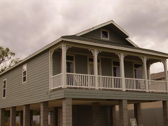 Homes on stilts or columns elmendorf texas home photos Beach house on stilts plans