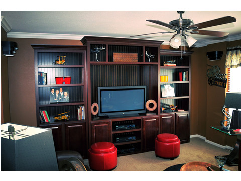 Look at this absolutely amazing entertainment center!  The Landrace by Palm Harbor Homes - 3 Bedrooms, 2 Baths, 1920 Sq. Ft.