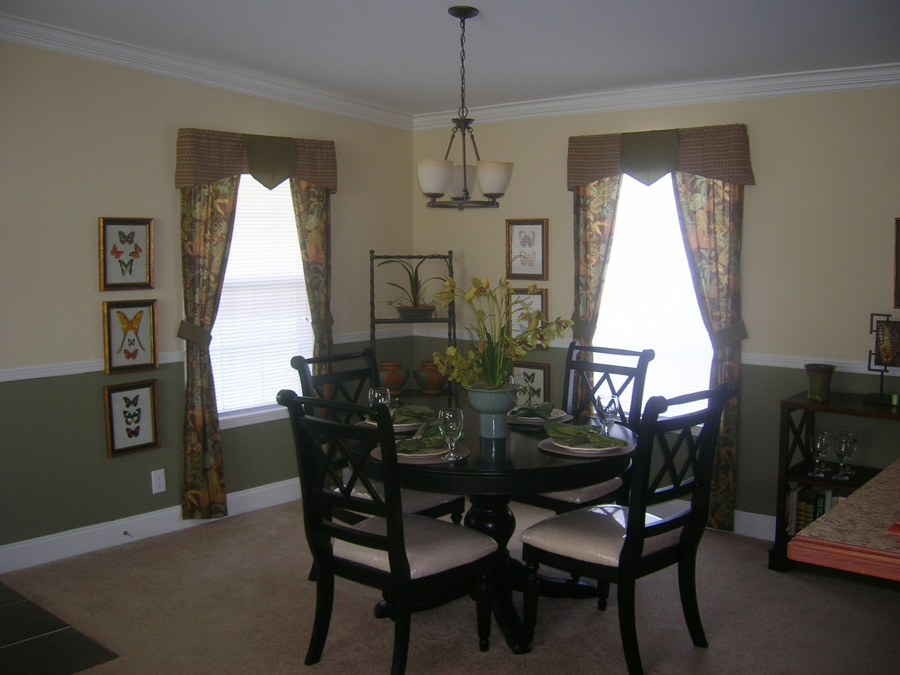 View forest park floor plan for a 1680 sq ft palm harbor for Dining at at t center