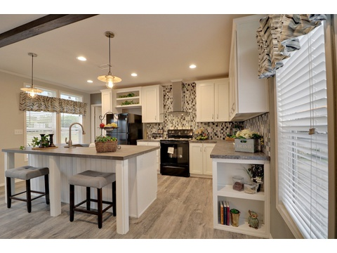 Open kitchen area - Encore SM18763E by Palm Harbor Homes