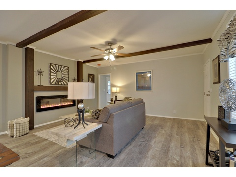 Bright and open living space - Encore SM18763E by Palm Harbor Homes