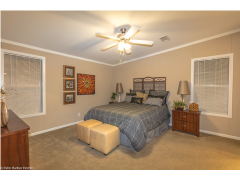 Huge master bedroom in The Pelican Bay - Palm Harbor Manufactured Home in Florida - 3 Bedrooms, 2 Baths, 2,022 Sq. Ft. - 30' x 68'