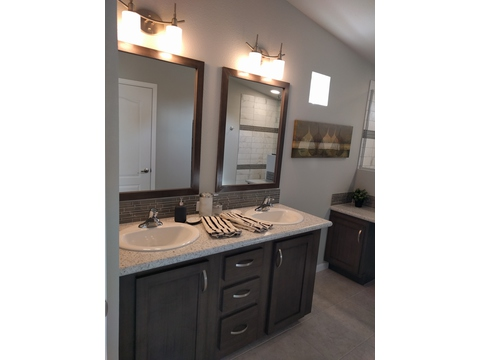 Optional master bath, double vanity - The Frontier by Palm Harbor Homes