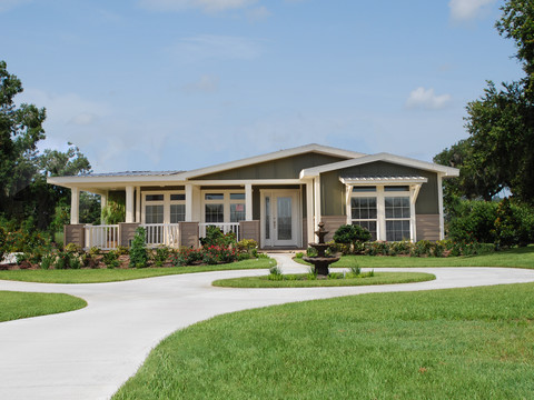 Front elevation - La Belle X4766S by Palm Harbor Homes