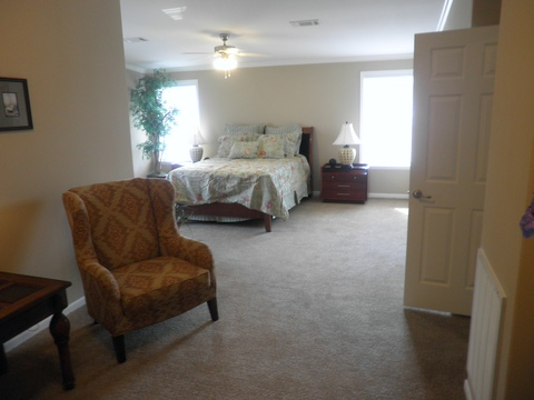 Master bedroom with huge sitting area - La Belle X4766S by Palm Harbor Homes