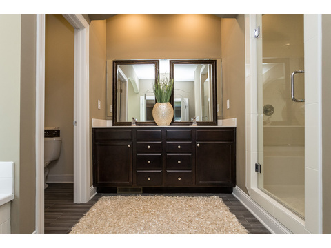 Master Bath - The Stanley, 3 Bedrooms, 2 Baths, 1,953 Sq. Ft.