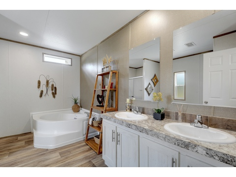 Master Bathroom - The Villager Model 28563A - 3 Bedroom 2 Bath - 1492 sq. ft.