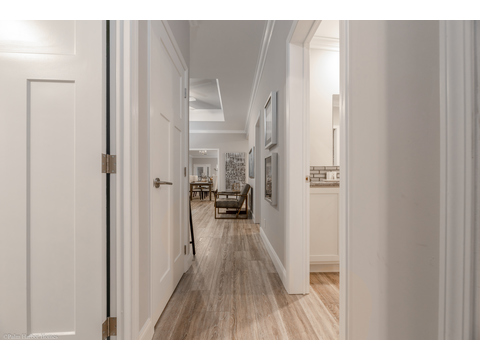 Hallway - La Belle IV in Florida - 4 Beds, 3 Baths, 2,847 Sq. Ft. triple wide manufactured home or modular home by Palm Harbor Homes