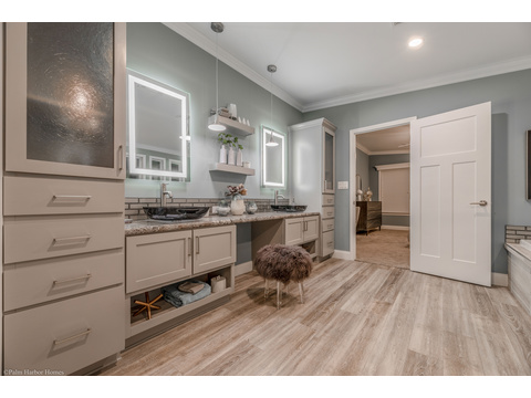 Massive sink, vanity and storage area in this built in in the master bath - the La Belle IV X4769H in Florida - 4 Bedrooms, 3 Baths, 2,847 Sq. Ft. triple wide manufactured home or modular home by Palm Harbor Homes