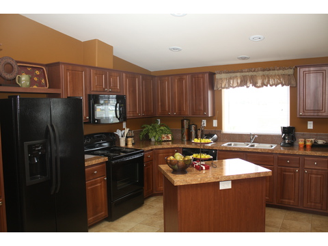 Kitchen - The Bay View II 48S09, Palm Harbor Homes
