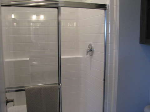 "48"" shower in master bath - The Casa Grande AD28764A by Palm Harbor Homes"