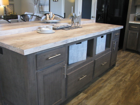 Kitchen island - The Casa Grande AD28764A by Palm Harbor Homes