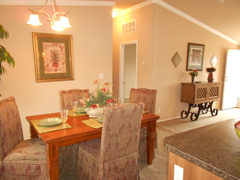 Dining area - The Lakeview VRP356A9 by Palm Harbor Homes