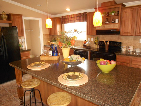 Kitchen - The Lakeveiw VRP356A9 by Palm Harbor Homes