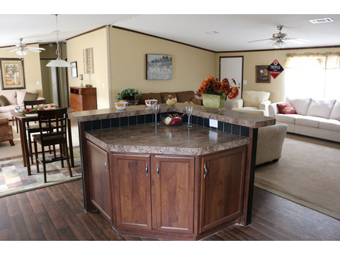 Model 28764P Kitchen Island by Palm Harbor Homes - 4 Bedrooms, 2 Baths, 2,026 Sq. Ft.