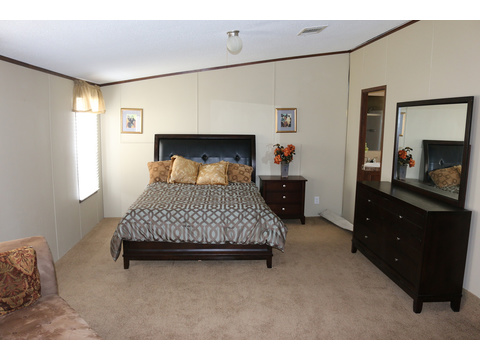 Model 28764P Master Bedroom by Palm Harbor Homes - 4 Bedrooms, 2 Baths, 2,026 Sq. Ft.
