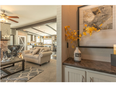 Foyer - The Carrington 76 Model ML30764C by Palm Harbor Homes