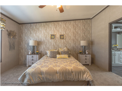 Master bedroom - The Carrington 76 Model ML30764C by Palm Harbor Homes