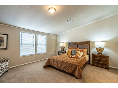 Master bedroom in the Canyon Bay I Model FT32684A - 4 Bedrooms, 2 Baths, 2,108 Sq. Ft. manufactured home by Palm Harbor Homes