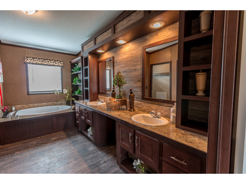 Beautiful master bath with dual vanities for lots of lights and storage in the Homerun!  The Homerun HRT472A6 or HR30724R - 4 Bedrooms, 2 Baths, 2,160 Sq. Ft.