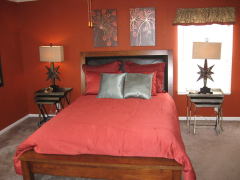 Master Bedroom - The Pecan Valley IV KAT474A1 by Palm Harbor Homes