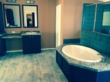 Oversized Master Bath Suite Canyon Bay II Delivers