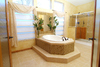 Beautiful master bath - The Timberridge Elite 5V468T5, Palm Harbor Homes